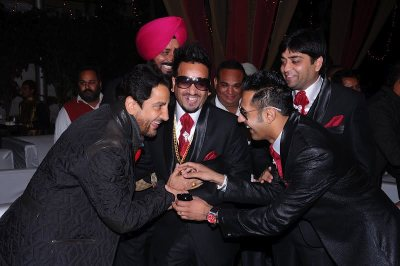 Gippy Grewal, Jazzy B, Gurdas Maan HD Wallpaper 2012