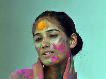 Sexy Holi With Poonam Pandey - Dirty Play - Pics 2012