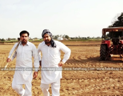 Sharry Mann In Farm With Guri - Wallpaper 2012