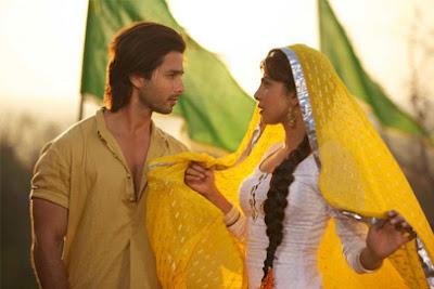 """Shayari From """"Teri Meri Kahaani"""" Movie - Shahid Kapoor, Priyanka Chopra"""