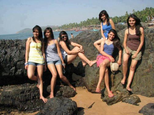 Desi Goa Girls Enjoying At Beach - Wallpaper