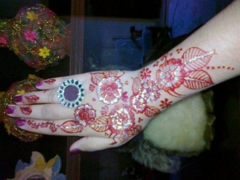 Mehndi-Designs-for-Christmas-595x446