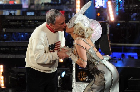Lady Gaga and Mayor Bloomberg's kiss On New Year's Eve To the 12-12-12