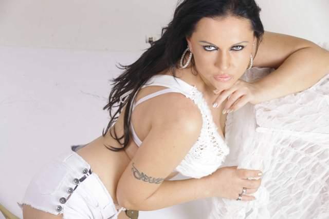 Hot Photoshoot of Nataliya Kozhenova!